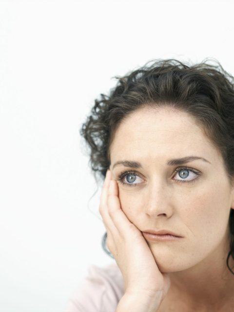 Un isha shtatezen dhe burri me tradhetojke me nje grua te martuar , Ajo nuk dojke me e dit se si po ndihem un dhe telefonova burrin e saj dhe aj nuk me besojke deri sa nje dit ne dolem