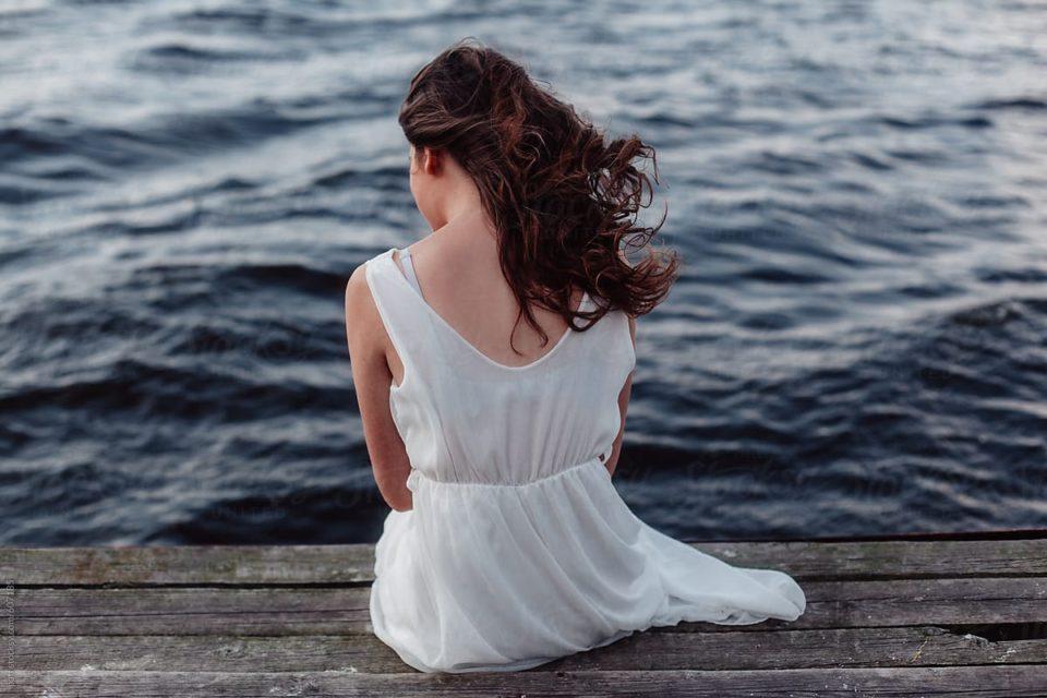 Jam e martuar dhe kam femij,Por ish te dashurin e dua shume dhe ndoshta